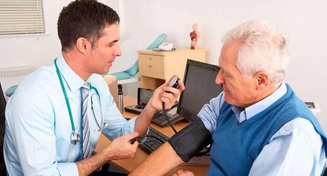 С какими заболеваниями сталкиваются люди пожилого возраста