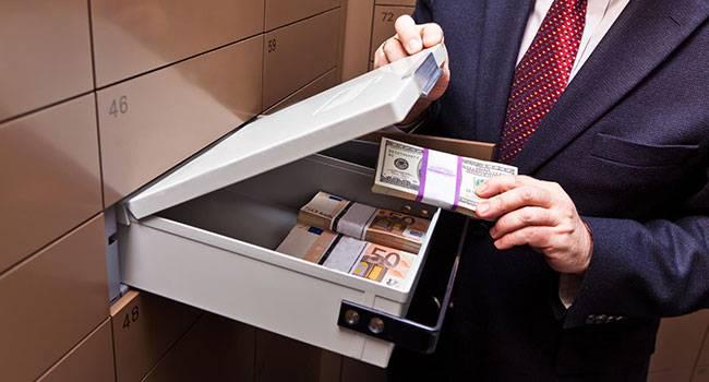 С 17 марта 2021 года банковская тайна россиян перестала быть тайной