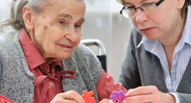 Как происходит потеря памяти при болезни Альцгеймера