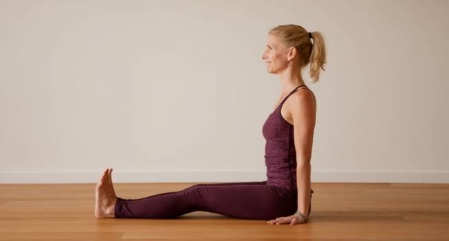 7 поз йоги для пожилых людей
