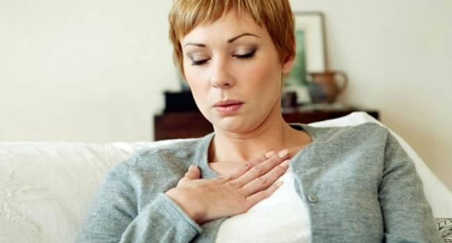 8 симптомов сердечного приступа у женщин