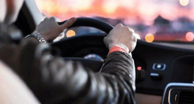 Что вы можете сделать, чтобы защитить спину в автомобиле