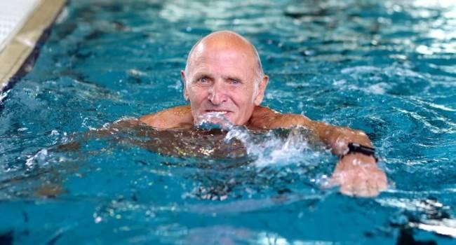 5 водных упражнений для пожилых людей