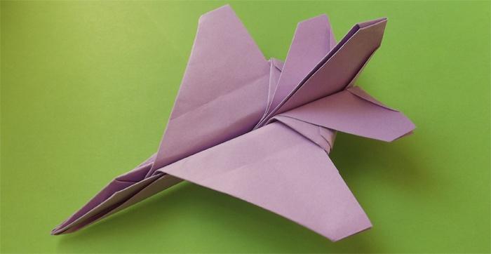 Простое оригами из бумаги
