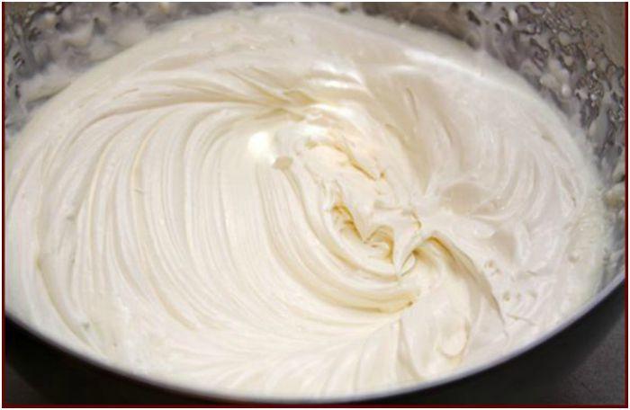 Белковый крем для украшения тортов и пирожных