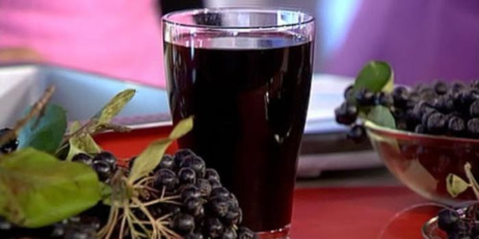Вишневый сироп из черноплодной рябины
