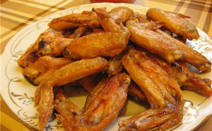 Крылышки курицы, приготовленные в рукаве