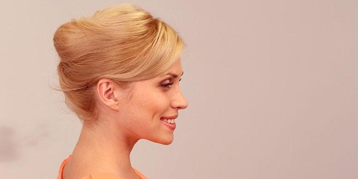 Прическа ракушка на средние волосы