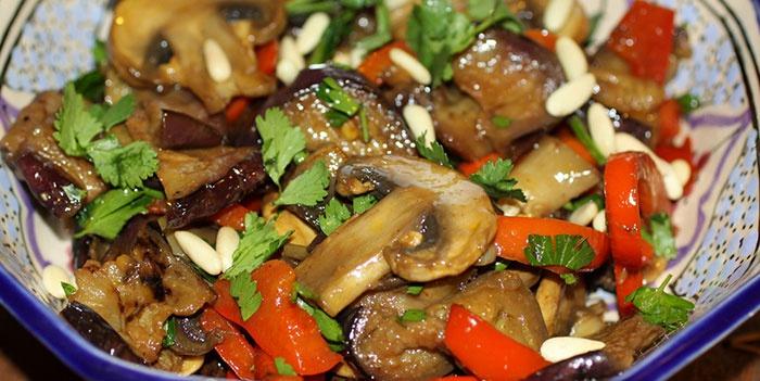 Салат из баклажанов по-корейски с мясом