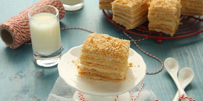 Торт Наполеон, приготовленный в домашних условиях