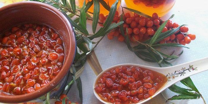 Хранение собранных ягод в емкостях