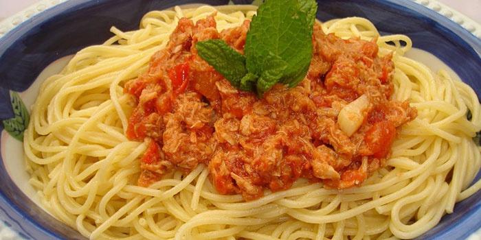 Диетические спагетти по-флотски