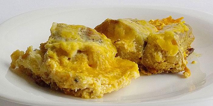 Филе минтая с картошкой, приготовленное в духовке