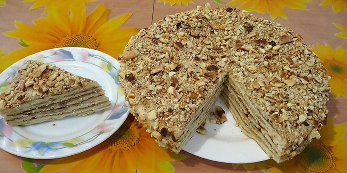 Торт Наполеон, приготовленный на сковороде