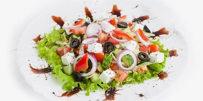 Вкусный салат - Греческий морской коктейль