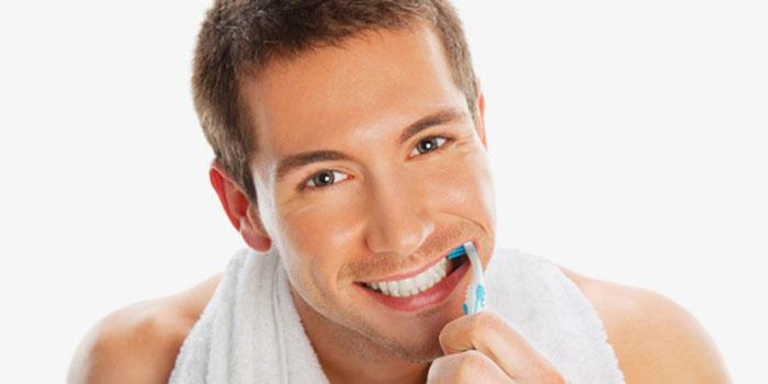 Отбеливание зубов дома пищевой содой