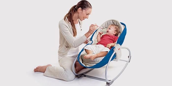 Механическая люлька-качалка для новорожденного