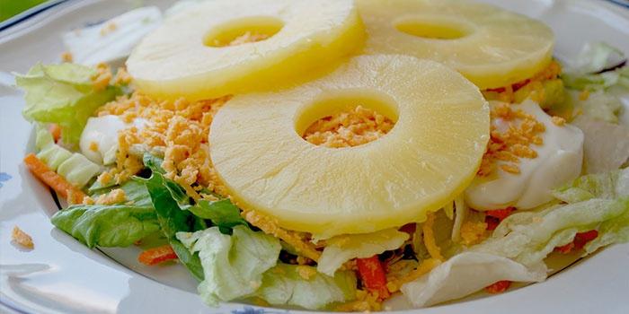 Вариант с ананасами