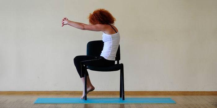 Упражнение на развитие гибкости и растяжки