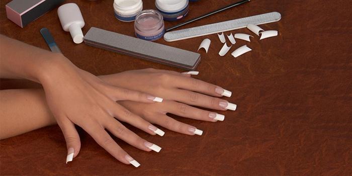 Наращивания ногтей на типсы