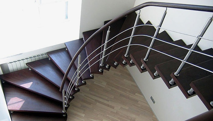 Комбинированная модульная лестница на второй этаж