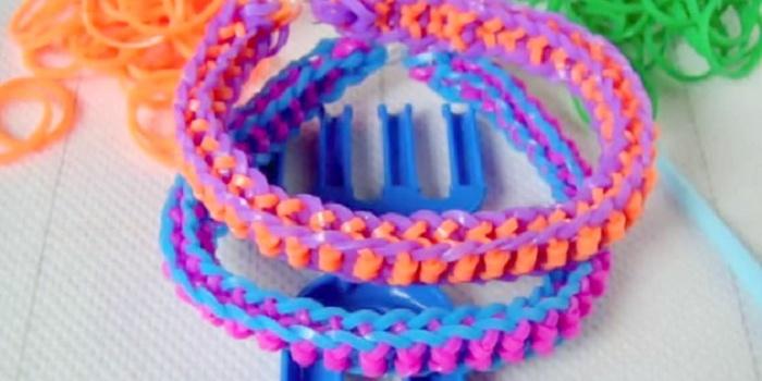 Двухцветный браслет бантик