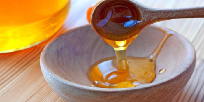 Маска с медом и коньяком