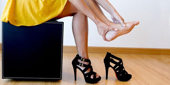 Высокий каблук - причина болей в пятке