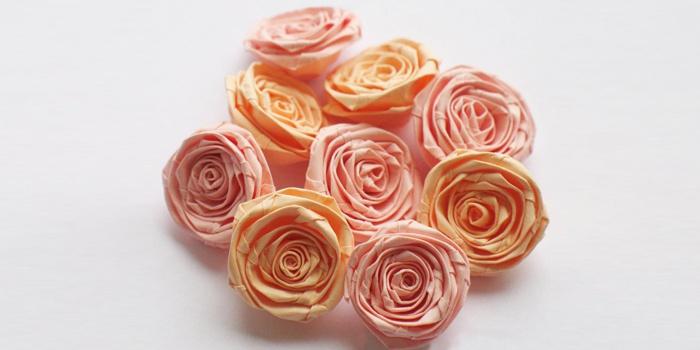 Розы в стиле квиллинг