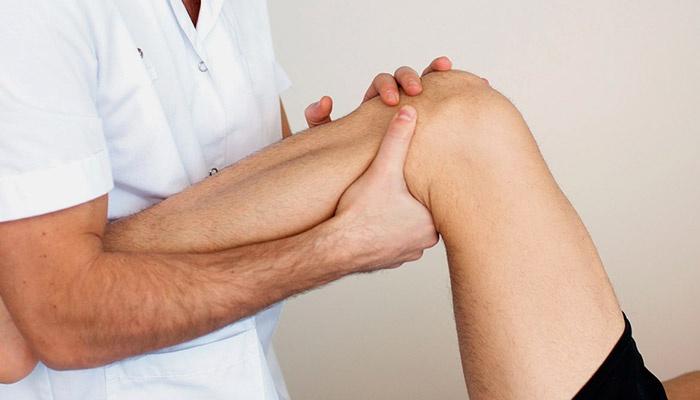 Диагностика растяжения коленного сустава в больнице