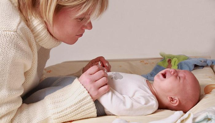 Мама с новорожденным ребенком