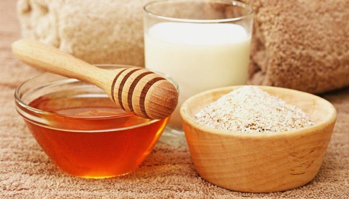 Овсянка, мед и молоко