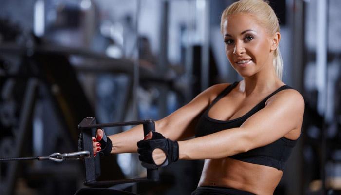 Упражнения для спортзала для девушек