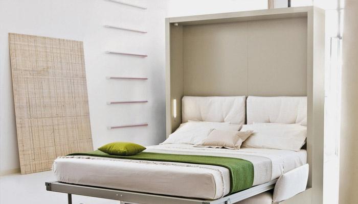 Кровать-шкаф трансформер в интерьере