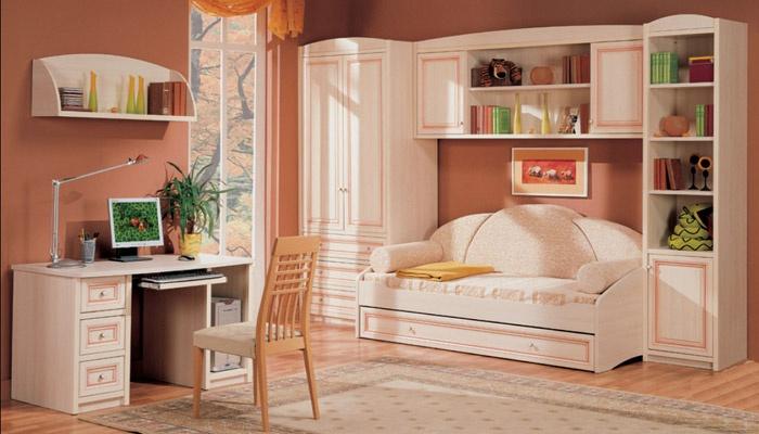 Светлая мебель для детской