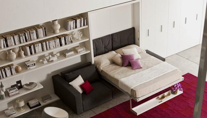 Кровать-шкаф трансформер в гостиной