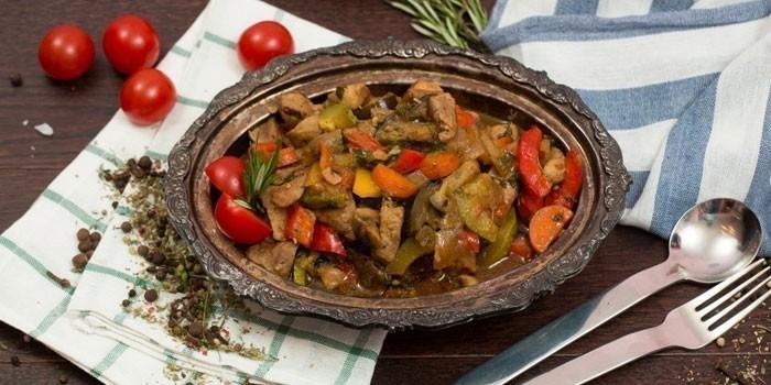 Овощное соте с соевым соусом