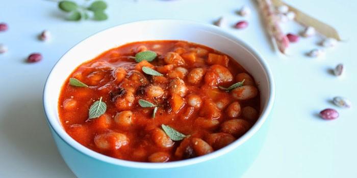 Густой томатный фасолевый суп