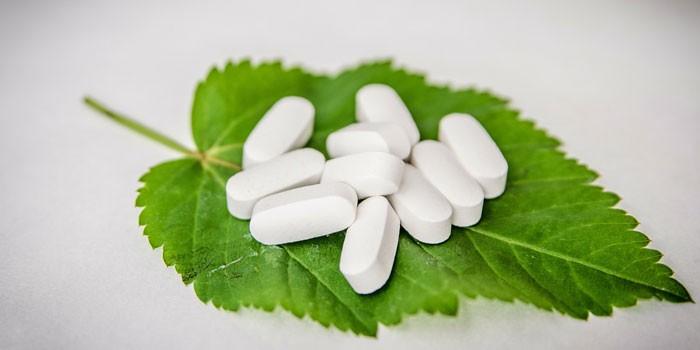 Таблетки Йохимбин на листе