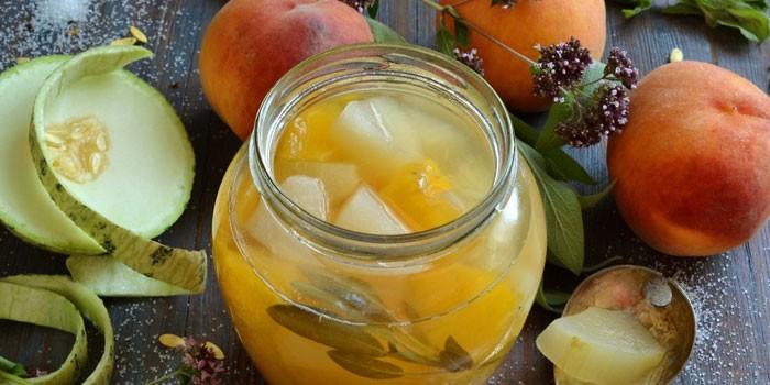Варенье из дыни с персиками в банке