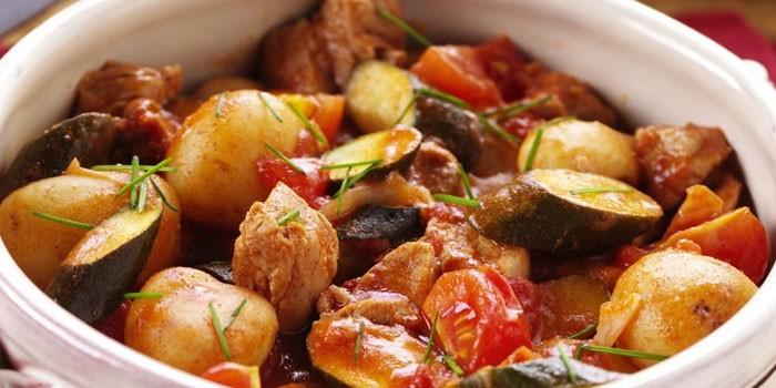 Соте из куриного мяса с овощами