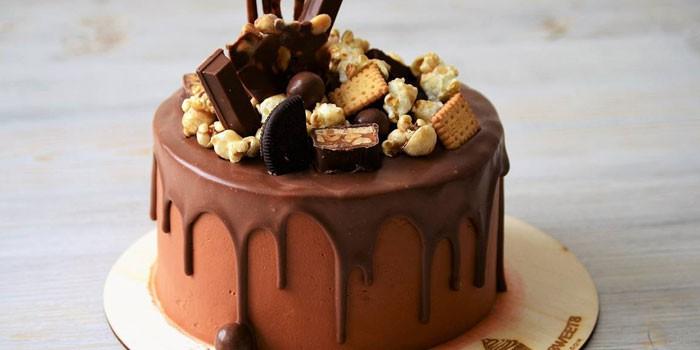 Классический торт Сникерс