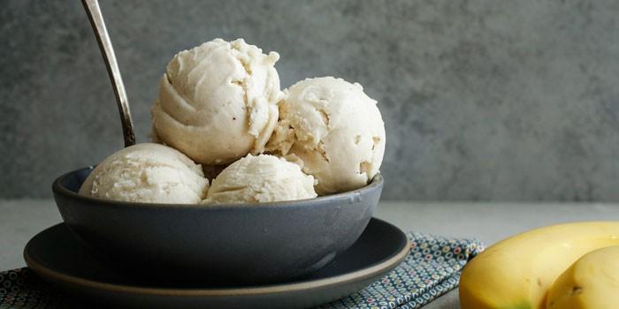 Домашнее кефирно-банановое мороженое