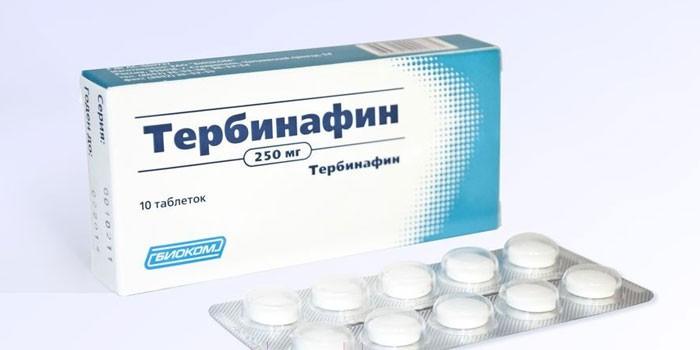 Таблетки Тербинафин в упаковке