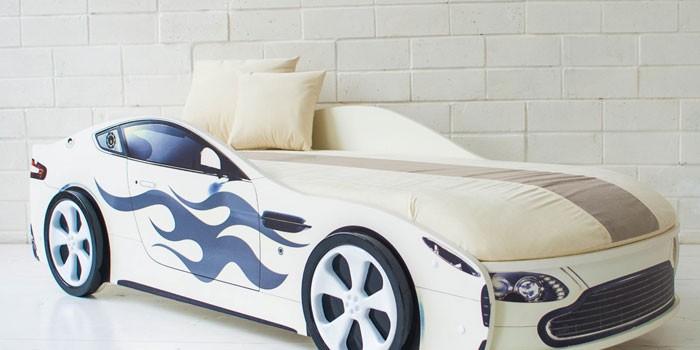 Детская кровать с подъемным механизмом Бондмобиль белый