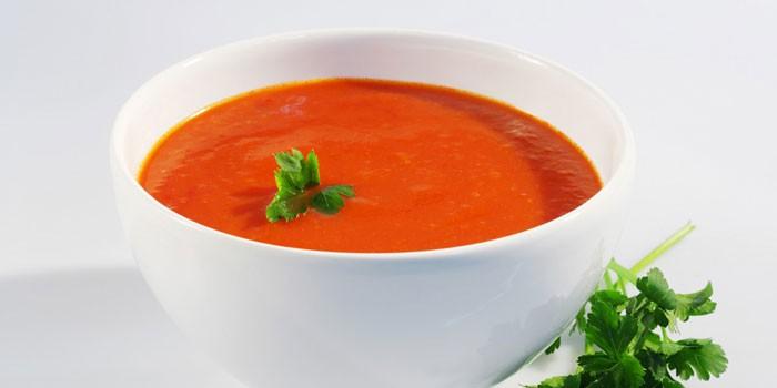 Готовый помидорный супчик