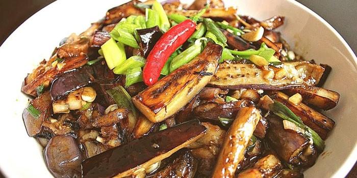 Жареные баклажаны в кляре по-китайски