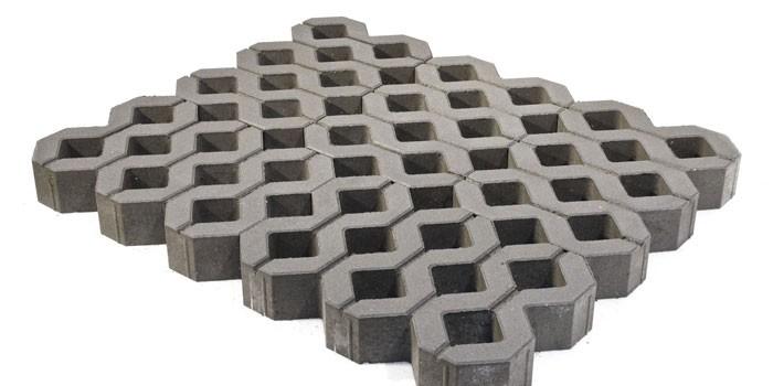 Из бетона Меба