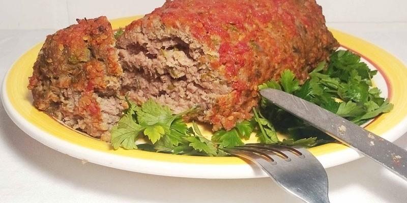 Мясной рулет с черносливом: как приготовить вкусное блюдо