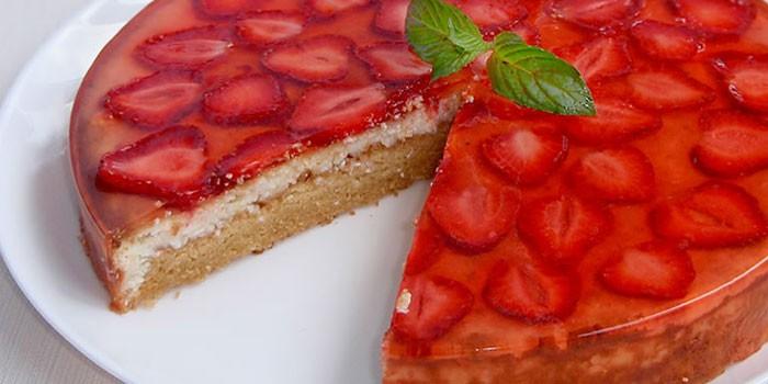 Пирог с творогом и желе и фруктами рецепт